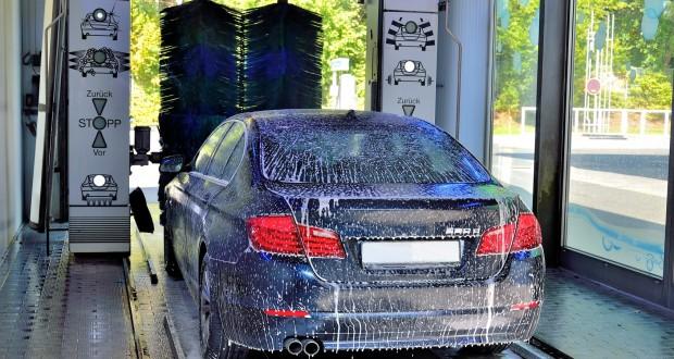 Jak założyć myjnię samochodową?