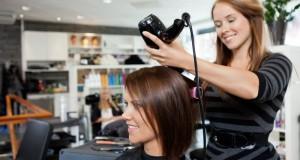 Fryzjerki i kosmetyczki coraz bardziej poszukiwane