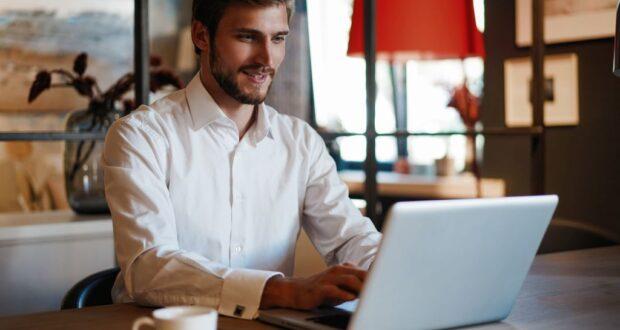 Jak wygląda zakładanie działalności gospodarczej przez internet?